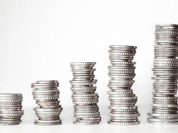 Proč a jak investovat do stříbra